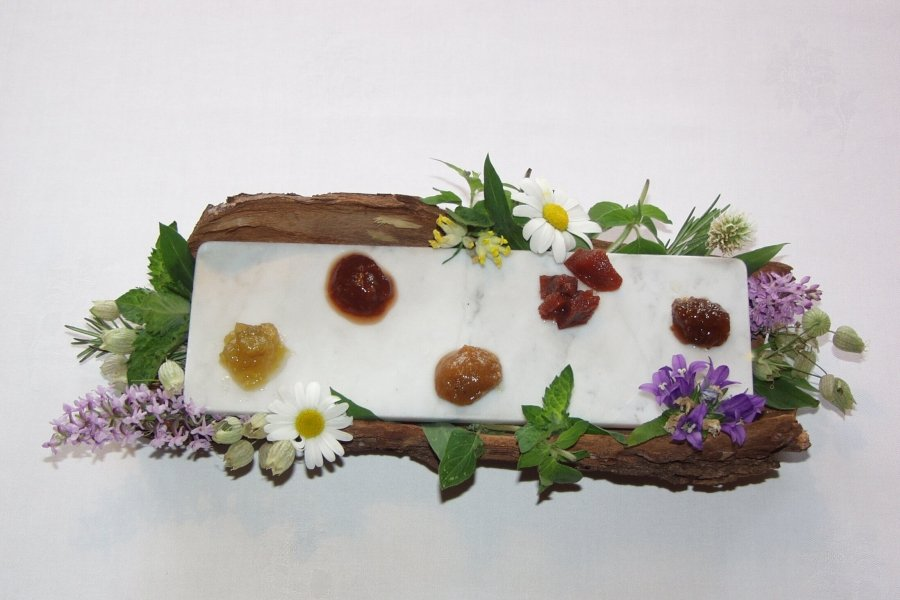 piatto in fiore